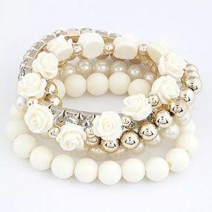 Jewelry - Faux Pearl Multilayer flowered bracelet